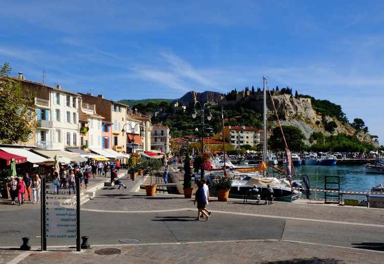 the harbor in Cassis